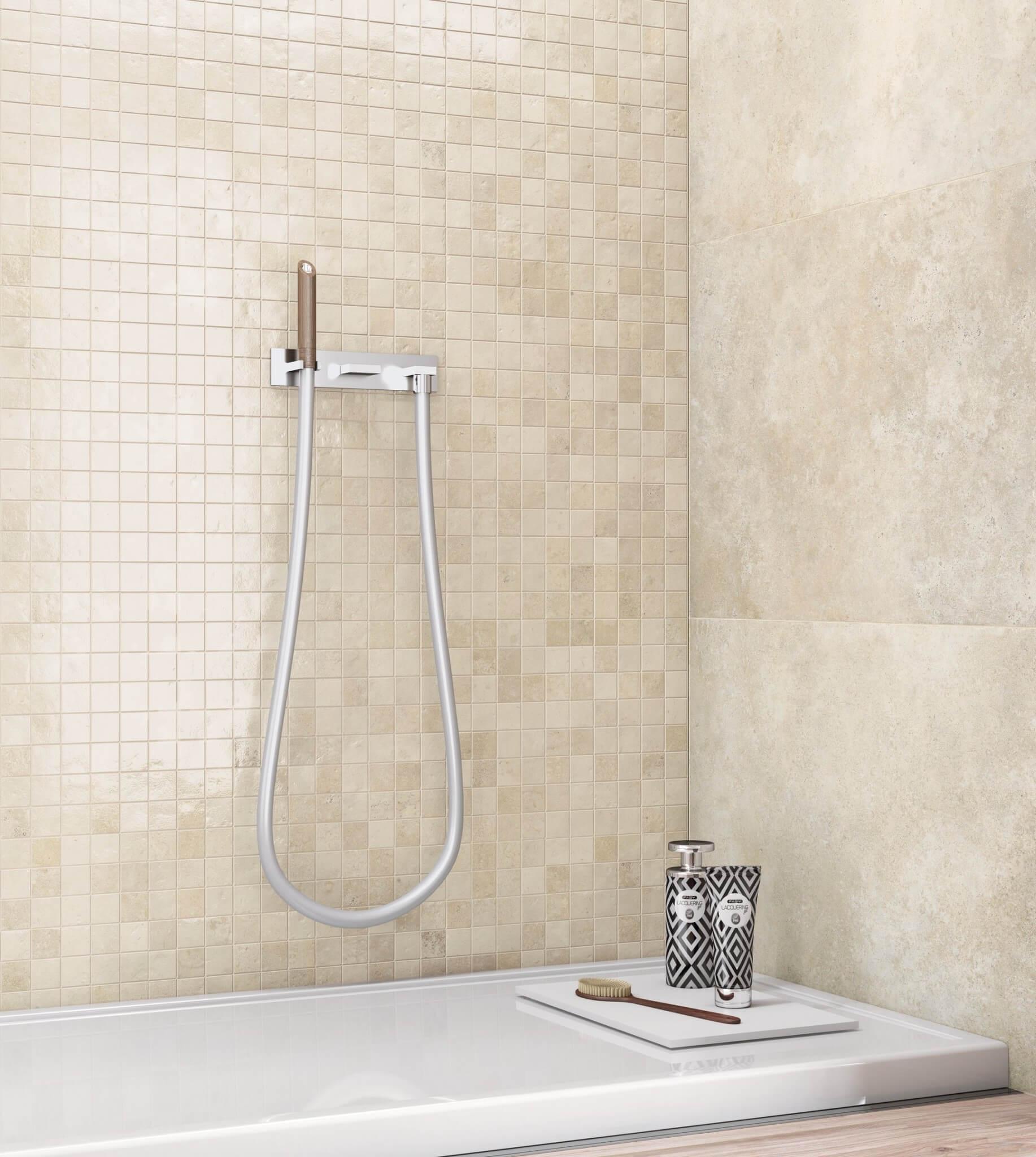 Beige mozaïek voor een luxueuze badkamer