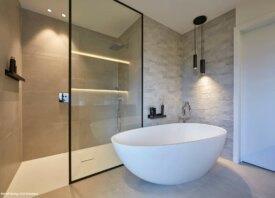 Gezellige strakke badkamer