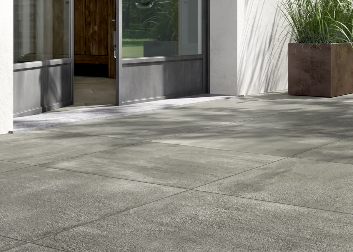 Moderne vloertegel in hedendaags interieur gilbo tegels - Piastrelle giardino cemento ...