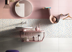 Roze badkamertegels