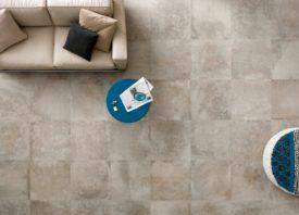 Warme vloertegel met natuursteen look